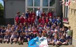 VIDEO - Timahoe NS nail the 'Laois Laois Laois' chant ahead of this weekend's Leinster Final
