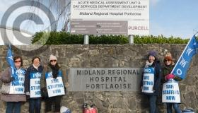 PICTURES - Laois nurses on the Portlaoise picket line strike out for better pay