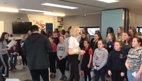 Lady Gaga and Bradley Cooper's 'Shallow' by Laois Integration Choir A Star is Born