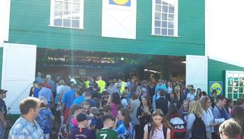 WATCH  Stampede of people in and out of Lidl tent at Ploughing in Carlow
