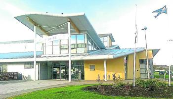 Shock and 'insult' as Portlaoise Leisure Centre reopen date extended