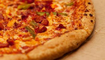 Row in Laois pizza queue