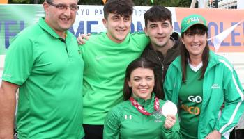 Turner 'overwhelmed' by hero's reception as she returns home to Portarlington