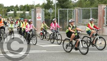 IN PICTURES No fuss for Laois kids on the Portlaoise cycle bus School Cycle-Bus