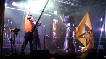 WATCH: Portlaoise goes wild for King Kong Company at Old Fort Festival