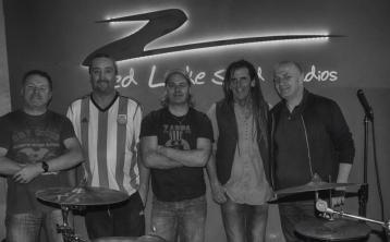 Nostalgic night as two Laois heavy metal bands reunite after 25 years