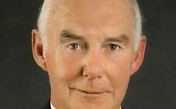Laois councillors share tributes and minute silence for late Cllr Jerry Lodge