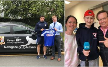 Laois hurlers donate signed jersey to fundraiser for sick teen