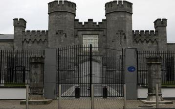 Dublin man was smuggling an IRA communiqué out of Portlaoise prison - Special Criminal Court told