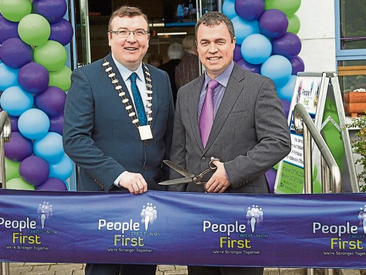 three in a row customer service win for people first credit union leinster express. Black Bedroom Furniture Sets. Home Design Ideas