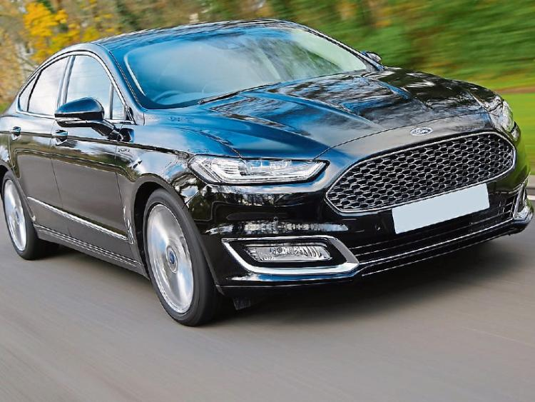ford mondeo hybrid vignale eco and luxury together leinster express. Black Bedroom Furniture Sets. Home Design Ideas